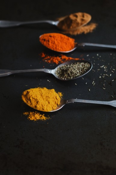 assorted-cooking-spices-in-spoons